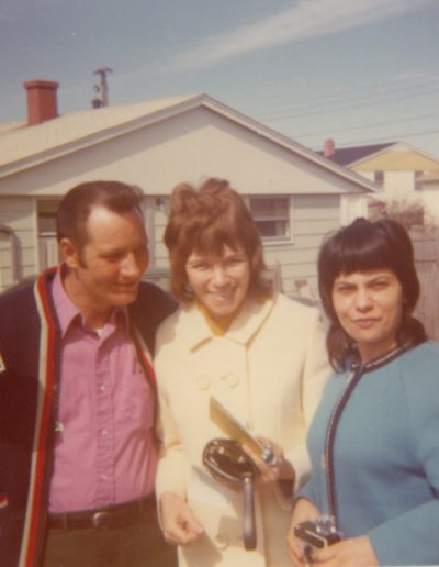 Gene Issel, Charlotte Engels and Vera Issel